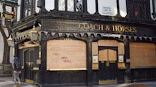 Pubs and restaurants 'devastated' by long wait to reopen