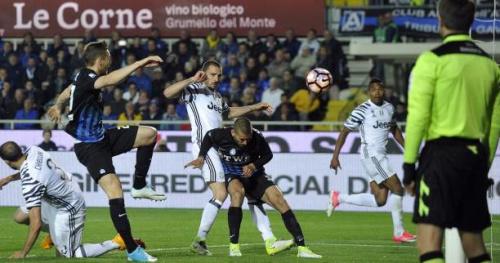 Foot - ITA - La Juve accrochée par l'Atalanta Bergame avant Monaco