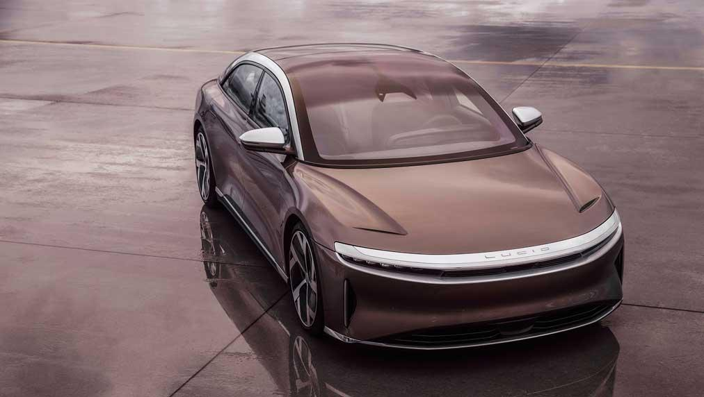 Lucid Eyes Buy Point As Air Deliveries Loom With 520-Mile Range, Outgunning Tesla