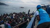 Burundi Refugees Overwhelm Tanzania Camps, Ferries