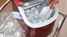 Abkühlung gefällig? Das sind die besten und günstigsten Eiswürfelmaschinen im XS-Format