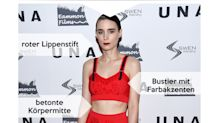 Look des Tages: Rooney Mara als Lady in red