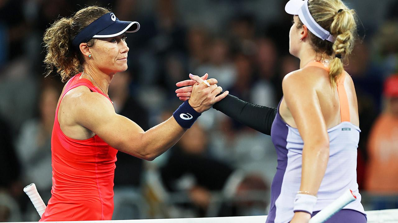 'Grossly unfair': Sam Stosur at centre of Australian Open 'disgrace'
