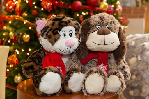 Petsmart Christmas Eve Hours.Petsmart R Stores Along With Generous Shoppers Collect More Than