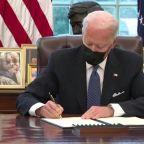 Biden reverses Trump's transgender military ban
