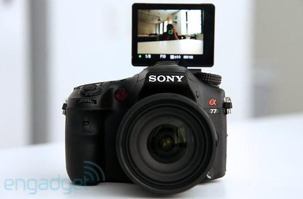 Sony Alpha A77 hands-on preview (video)