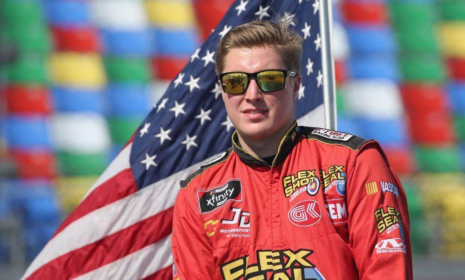 Garrett Smithley rebukes Kyle Busch to 'tell my story and defend myself'