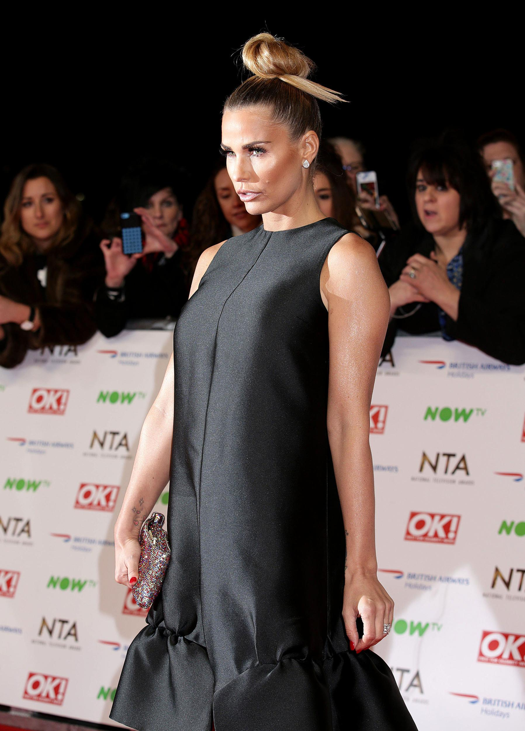 Katie Price arriving at the National Television Awards 2016 held at The O2 Arena in London. PRESS ASSOCIATION Photo. See PA story NTAs. Picture date: Wednesday January 20, 2016. Photo credit should read: Yui Mok/PA Wire