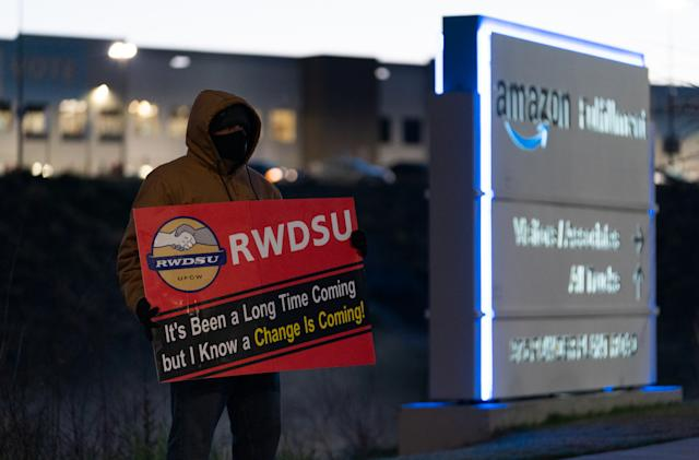 Union says Amazon interfered with Alabama warehouse vote