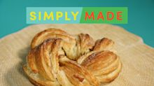 This Cinnamon-Sugar Pastry Wreath Is Sure to Impress