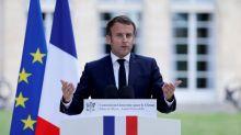 """Les propositions """"méritent des ajustements mais cela ne remet en rien en cause votre ambition, ni la mienne"""", répond Emmanuel Macron à la Convention citoyenne"""