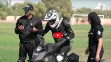 飛天遁地 − 杜拜警方再添全新警用座駕 Hoverbike