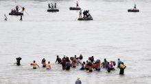 La caravana de migrantes, ya en México, busca llegar a pie a EE.UU.