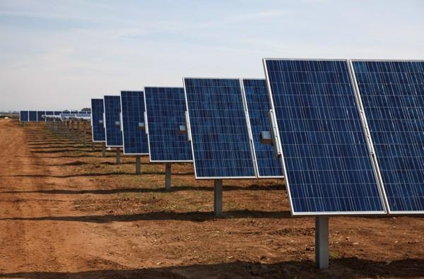 Google's letting it shine as it nears $1 billion investment in solar energy