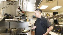 【理財個案】19歲廚師月儲萬四 望增被動收入減生活壓力(余淑穎)