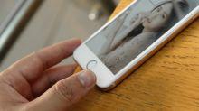 """Addiction aux smartphones: l'un des """"pères"""" de l'iPhone lance un cri d'alarme"""