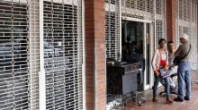 Wave of looting shutters stores, spreads fear in Venezuela
