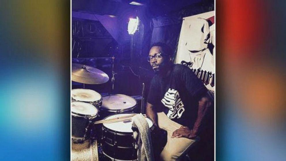 Corey Jones May Have Called Roadside Assistance Moments Before Deadly Shooting, Phone Logs Show