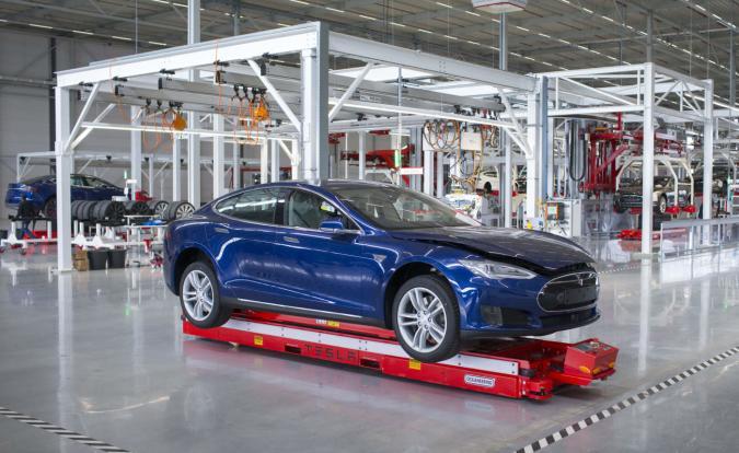 Tesla Model S deliveries soared at the end of 2015