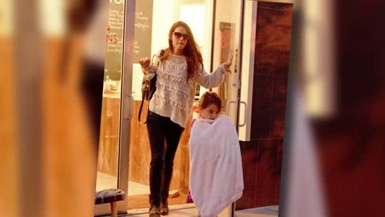 Katie Holmes Treats Suri Cruise to a Girls' Day Out at the Nail Salon