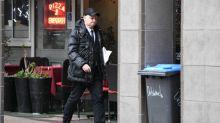 Accusé d'avoir soutenu Gabriel Matzeneff, Christophe Girard quitte son poste d'adjoint à la mairie de Paris