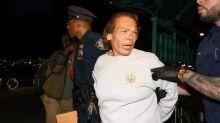 紐約地鐵犯罪率狂升 乘客突遭流浪人士割面