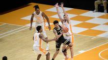 Tennessee vs. Vanderbilt line, prediction: Commodores the pick