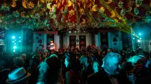 Ingressos de R$ 5 mil, luxo e Deborah Secco sensual: o baile de carnaval mais badalado do país