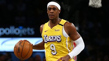 Lakers' Rondo fractures thumb, out 6-8 weeks