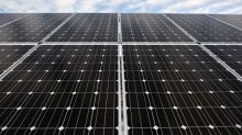 A Powerful Mix of Solar and Batteries Is Beating Natural Gas