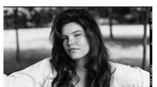 Playboy rompe com tradição e traz modelo plus size Molly Constable