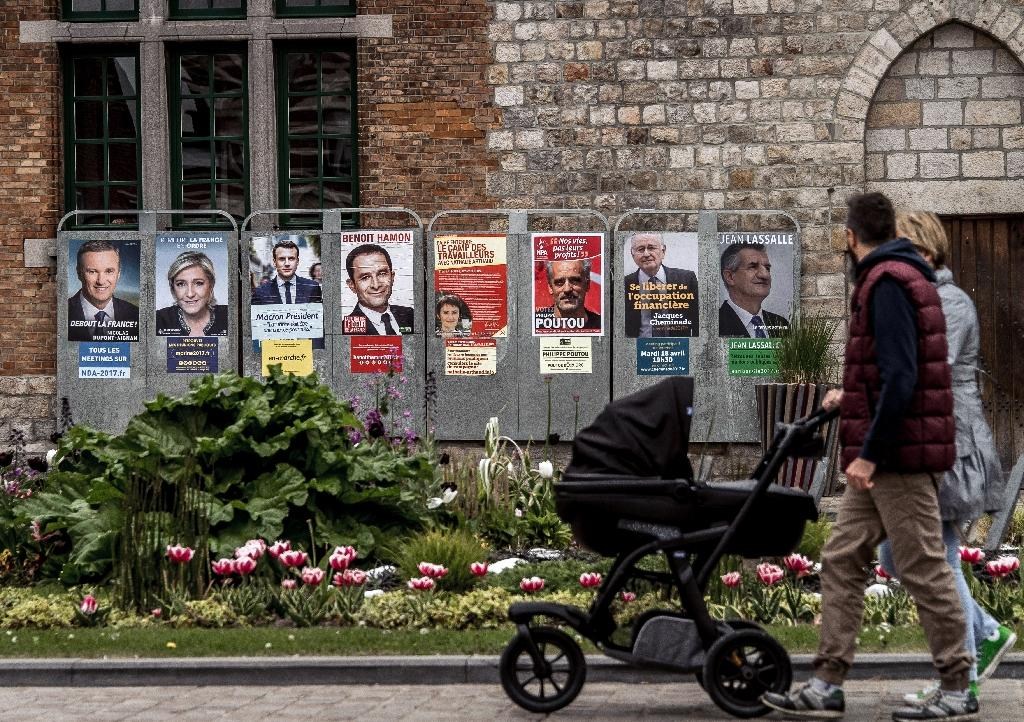 This election will determine France's future (AFP Photo/PHILIPPE HUGUEN)