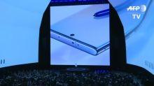 Samsung presentó en NY su nuevo smartphone de alta gama