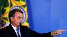 País que oferece vacina ao Brasil tem primeiro de vacinar em massa sua população, diz Bolsonaro
