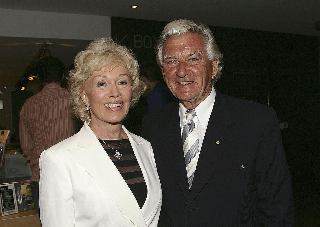 Bob Hawke's widow to auction off $250,000 worth of his collectables