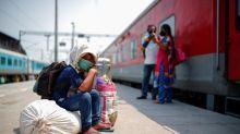 Suicidio de una niña en India desencadena protestas por acceso a clases online