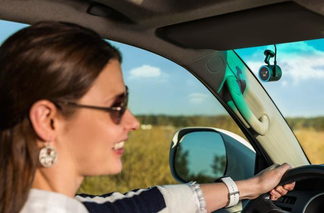 Garmin Speak Plus mixes Amazon Alexa with a dash cam