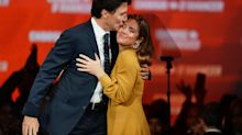 UPDATE 6-Canada's Trudeau keeps the wheel but prepares for left turn