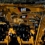 Caterpillar beats, says it sees higher costs ahead (CAT)