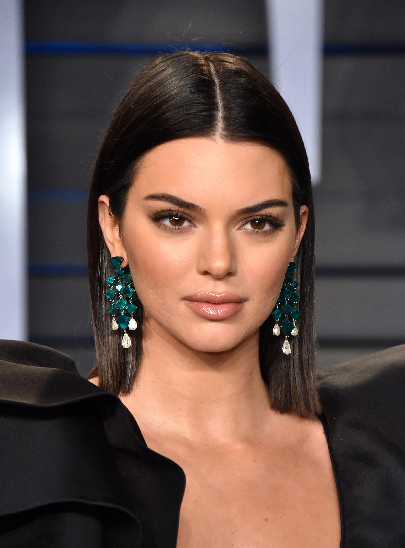 10 Trendy Hairstyles for Medium Length Hair
