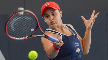 Barty wins Adelaide, nets first title on home soil