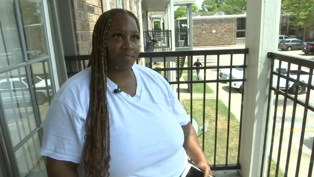 Nail salon denies service to woman they said was 'too big' to get pedicure