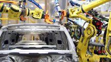 Does Daimler AG's (ETR:DAI) Debt Level Pose A Problem?