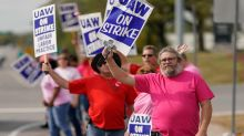 GM Strike: Proposed UAW Labor Deal Includes Higher Pay, Signing Bonus