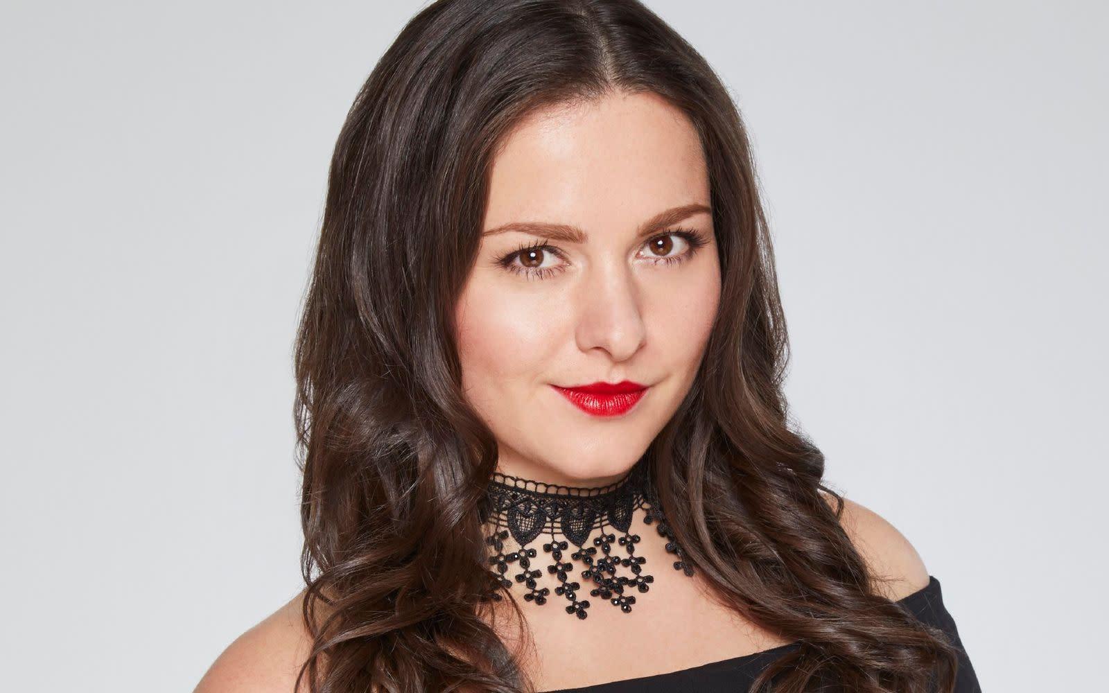 Unter uns-Star Antonia Michalsky auf dem Cover des Playboy