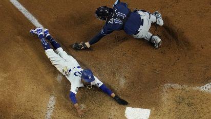 Dodgers help bettor cash in big on wild parlay