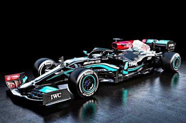 挑戰8連霸,Mercedes-AMG發表2021年全新F1一級方程式賽車