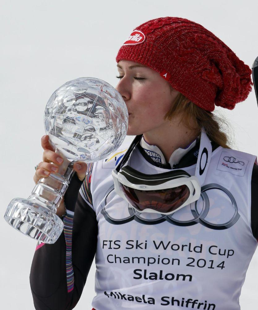 Mikaela Shiffrin wins giant slalom at US champs