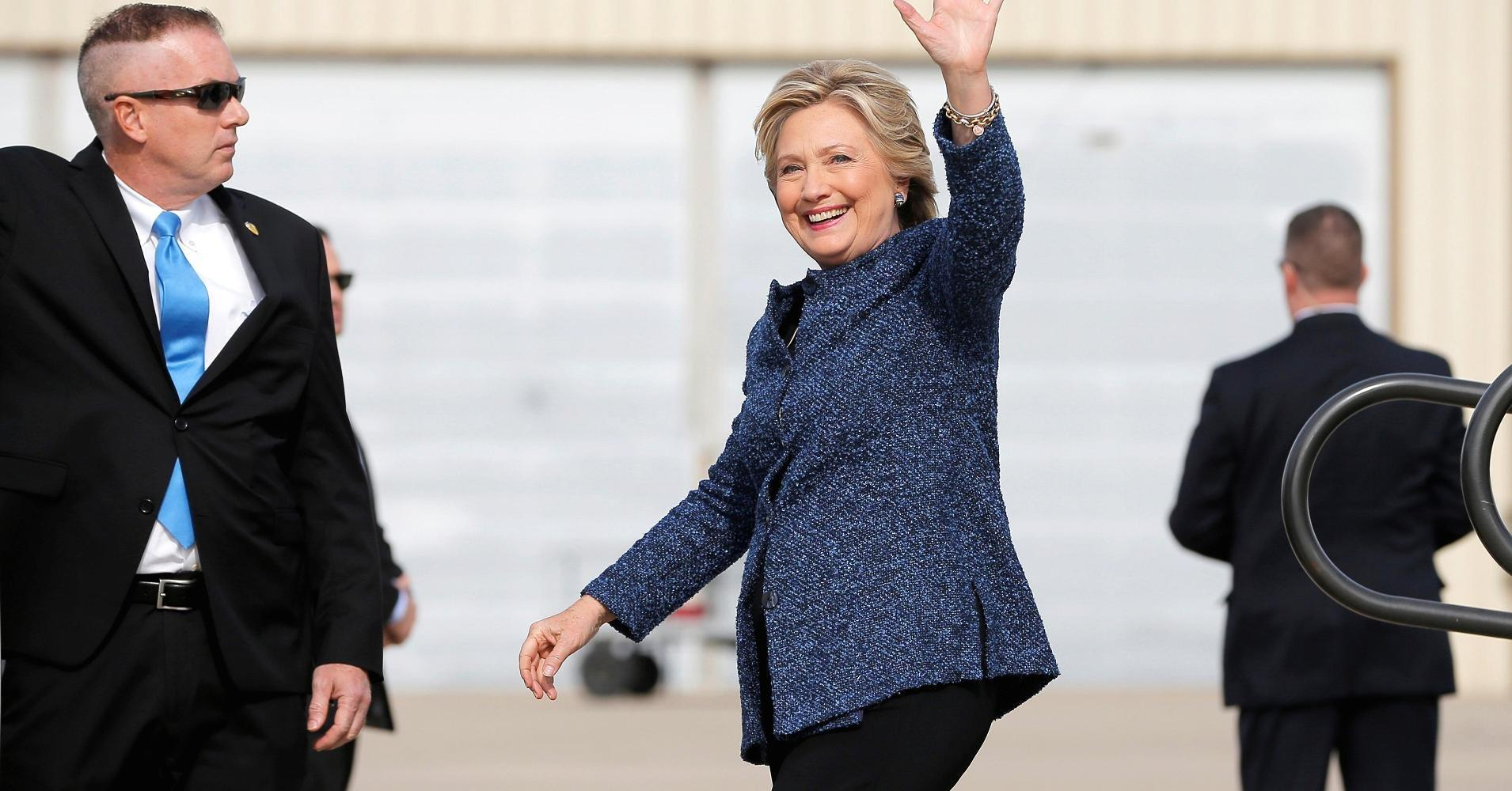 Op-Ed: Latest Clinton email probe could hand the election to