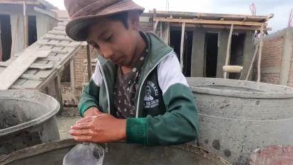 Paquito, el niño albañil de Chiapas que sueña con ser arquitecto